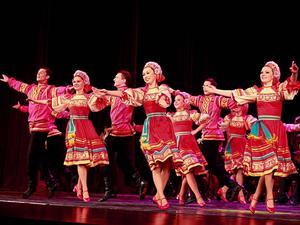 —— 俄罗斯民族舞 ——